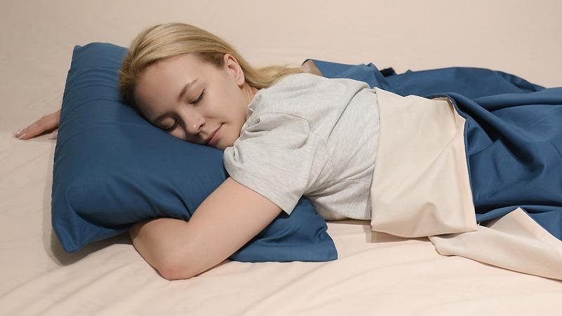Можно ли спать на животе